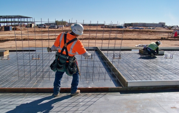 install-wire-mesh-lap